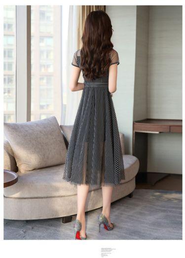 虫虫品牌折扣女装批发商哪儿有千百惠国内品牌折扣女装尾货服装批发价钱