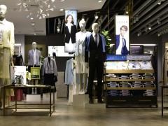 广州品牌折扣女装尾货服装批发市场拿货有哪几种窍门?