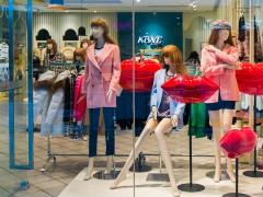 广州没有经验的人尾货服装服装批发店进货策略