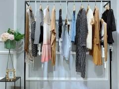 尾货服装如何拿的如何挑选服装好卖?